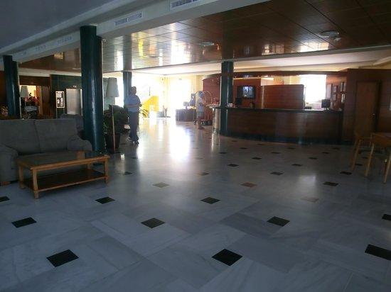 BQ Andalucia Beach Hotel: Recepción