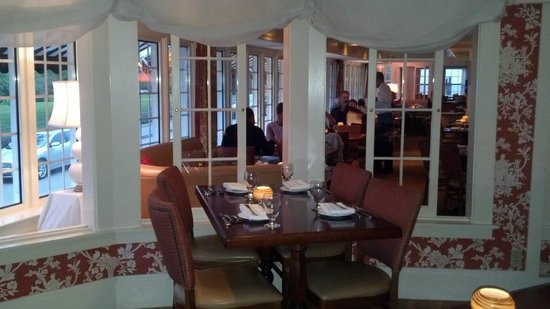 York Harbor Inn: Dining room
