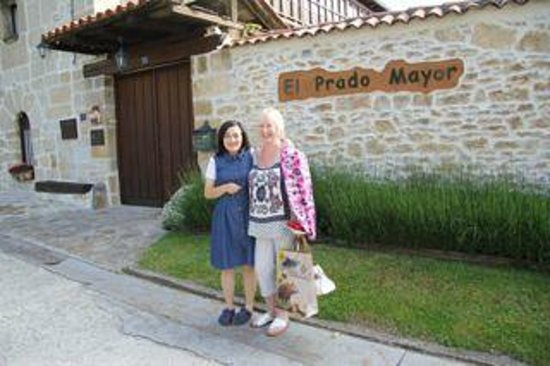 Posada Real El Prado Mayor: Olga and Maggie