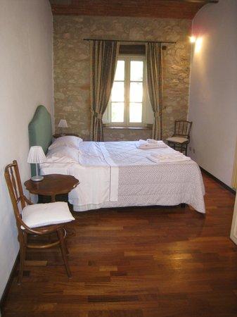 Borgo Il Poggiaccio: First Bedroom