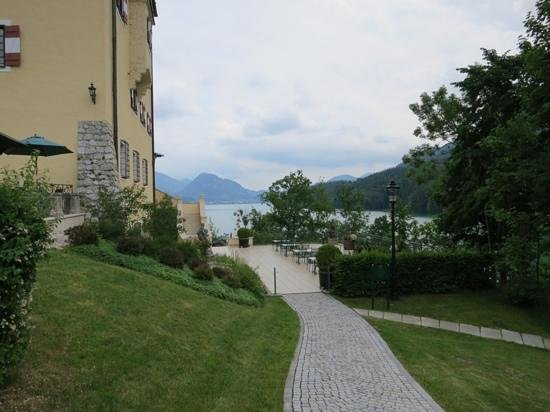 Schloss Fuschl A Luxury Collection Resort & Spa, Fuschlsee-Salzburg: a view over the lake