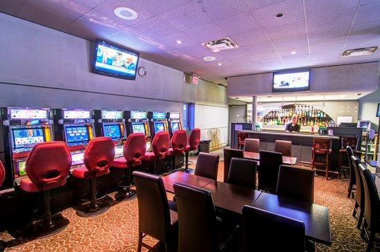 Wescana Inn: VLT Lounge