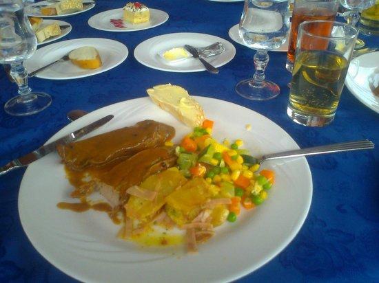 Dann Carlton Bucaramanga: Almuerzo