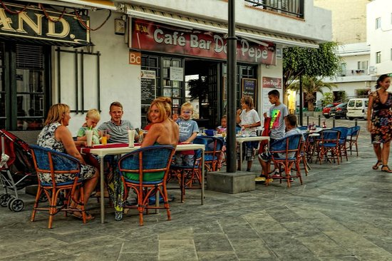 Cafe Bar Don Pepe: A really chilled evening with great food.