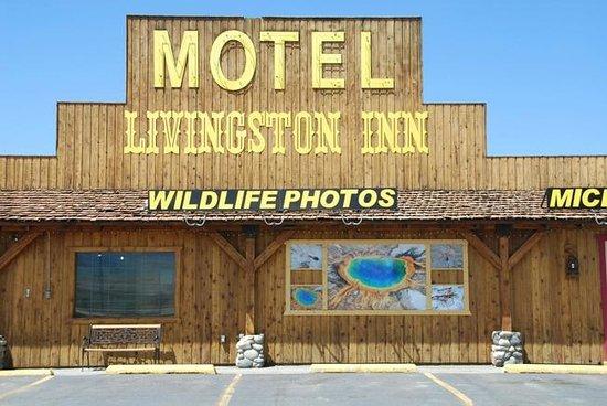 Livingston Inn Motel: Front of Building- take exit 333