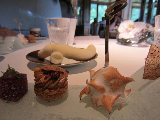 L'Arnsbourg: gâteries de fin de repas