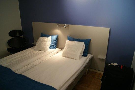 Connect Hotel Skavsta: Zimmer, Schlafzimmer, Bedroom