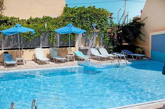 Melitti Hotel: Pool area