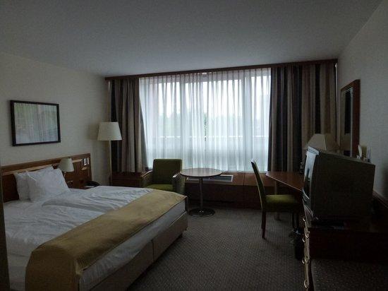 Leonardo Hotel Cologne Bonn Airport : View of my room.