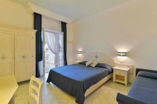 Hotel La Pineta: room