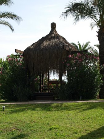 IC Hotels Green Palace: One of the huts where you can get a massage