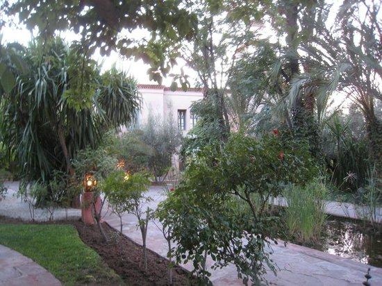 Les Deux Tours : jardin