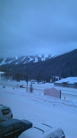 Winter Park Mountain Lodge: Our View