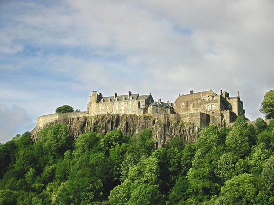 Whistlers Dell B&B: Stirling Castle, an hour away