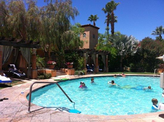 Royal Palms Resort and Spa: the pool