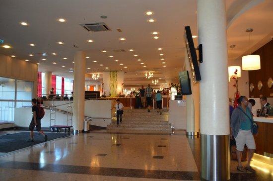 Radisson Blu Daugava Hotel, Riga: recepção
