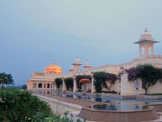 The Oberoi Udaivilas: The semi-Private Pools
