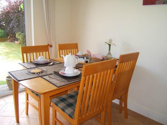 Portumna House Bed & Breakfast: Portumna House Dining Room
