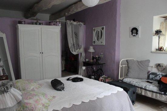 Malataverne, France : chambre