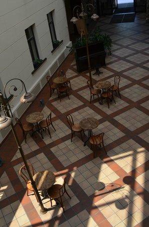 Kaunas Hotel : pátio central