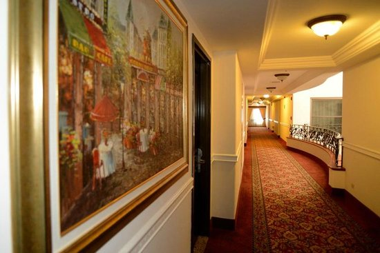 Hotel Ticuan: Pasillos