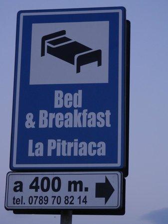 Bed & Breakfast La Pitriaca: insegna dalla strada