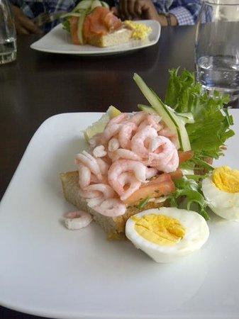 Tasting Restaurant & Vinbar : Add a caption