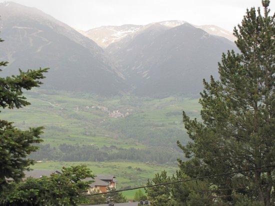 La Cerdagniere : vue sur la vallée