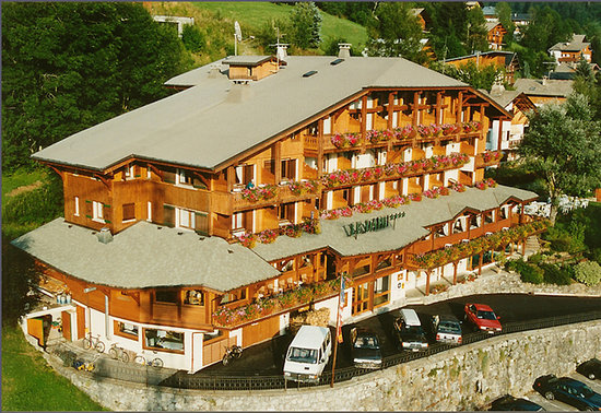 Hotel Le Dahu Morzine Reviews