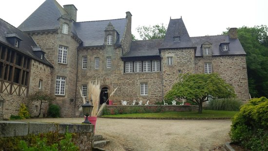 Restaurant du Chateau de Brelidy : Cour du château de Brelidy
