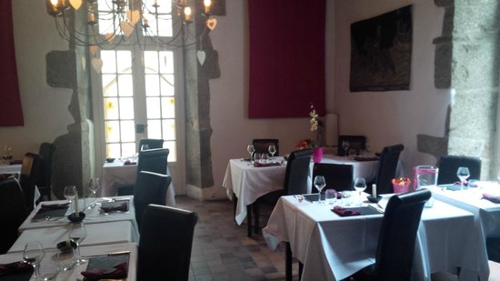 Restaurant du Chateau de Brelidy : Salle à manger