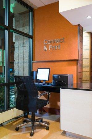 Fairfield Inn Laurel: Business Center