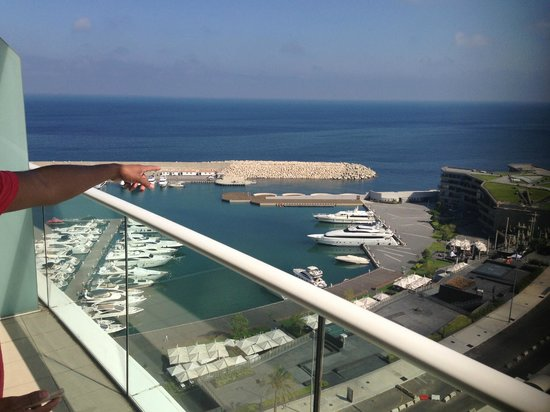 Four Seasons Hotel Beirut: 11th floor twin room view of zaytuna Bay