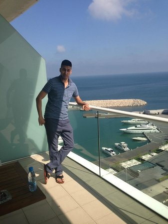 Four Seasons Hotel Beirut: Enjoying Zaytuna Bay....