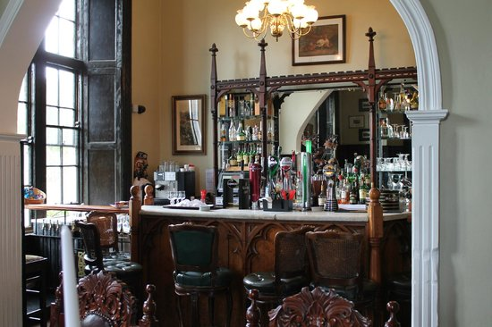 Kinnitty Castle Hotel: Library Bar