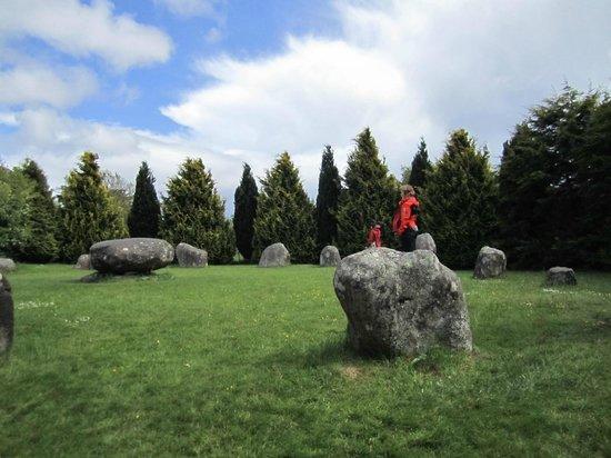 Stone Circle: Freaky Women!