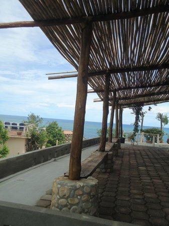 Posada Arigalan: Patio/Front view