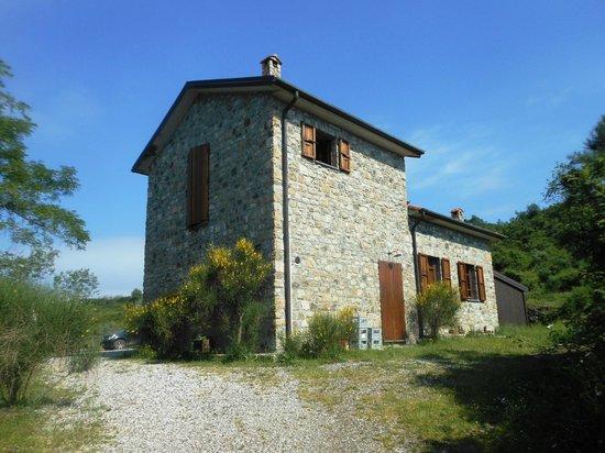 Calice al Cornoviglio, Italien: Veduta dell'agriturismo