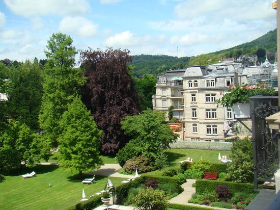 Brenners Park-Hotel & Spa: jardin