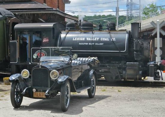 Railroad Museum of New England: A Dodge and a Vulcan. Early 20s and 1930.