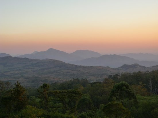 Zomba Forest Lodge: Sunset view near the Lodge