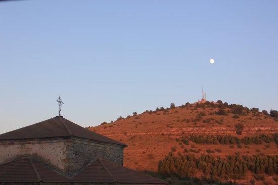 Camino de la Fuentona: anochece en Cabrejas