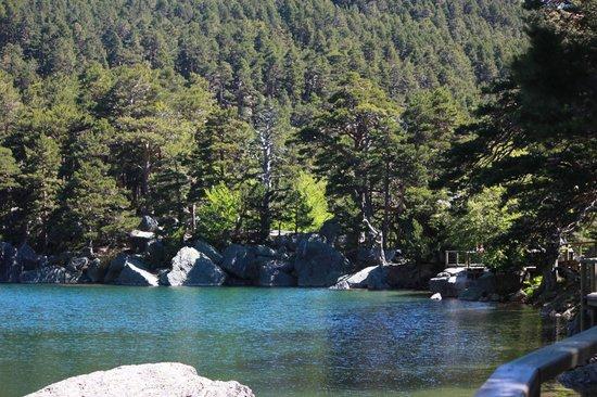 Camino de la Fuentona: Laguna Negra