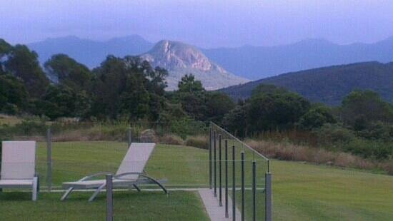 The Bunyip Scenic Rim Resort : The view to the south over the pool.