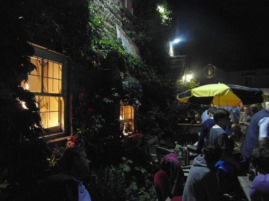 The Public Bar at the White Bear照片