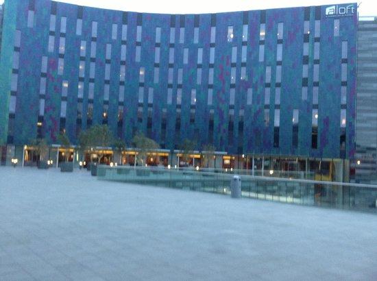 Aloft London Excel: the hotel