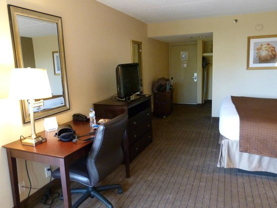 Holiday Inn Express North Palm Beach - Oceanview : Good choice for the area