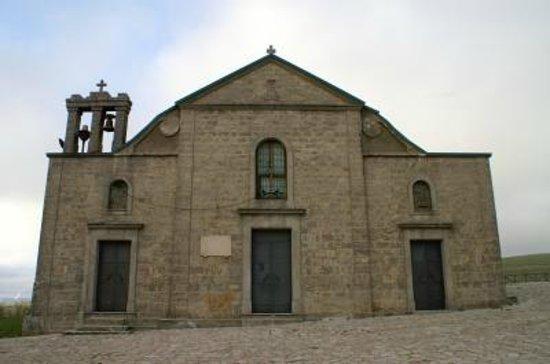 Accadia, Italie: Esterno del Santuario della Madonna