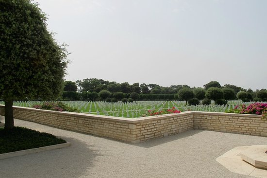 North Africa American Cemetery and Memorial : cemetery