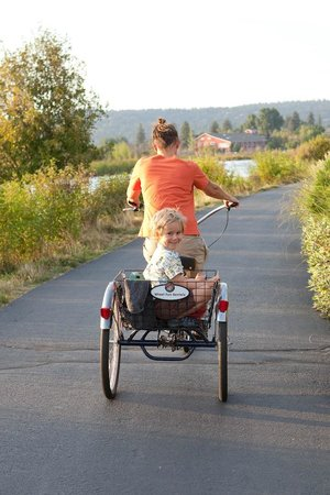 Wheel Fun Rentals - Bend: Tricycle